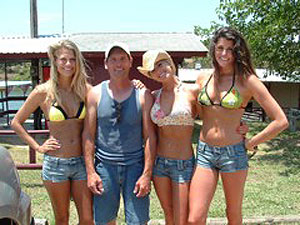 Ray with women fishing